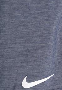 Nike Performance - CHALLENGER SHORT  - Korte sportsbukser - dark blue - 5