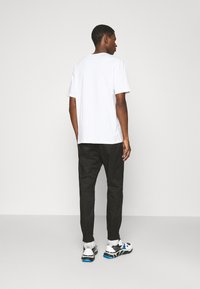 HUGO - FAREL - Cargo trousers - black - 2