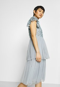 Maya Deluxe - DELICATE SEQUIN TIERED DRESS - Cocktail dress / Party dress - glacier blue - 4