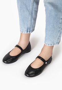 Inuovo - Ankle strap ballet pumps - black blk - 0