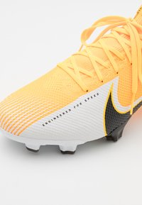 Nike Performance - MERCURIAL VAPOR 13 PRO FG - Moulded stud football boots - laser orange/black/white - 5