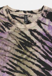 Blue Effect - GIRLS - T-shirt print - lila/black - 2