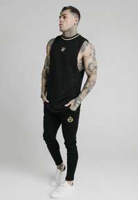 SIKSILK - Top - black - 1