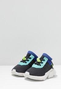 adidas Originals - POD-S3.1 - Scarpe senza lacci - carbon/core black - 3