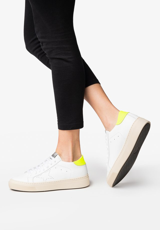 ANDREA - Sneakers laag - fluo yellow
