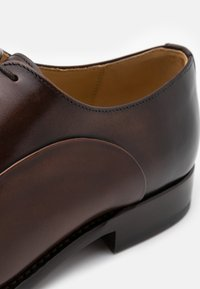 Cordwainer - ASIER - Smart lace-ups - espresso - 3