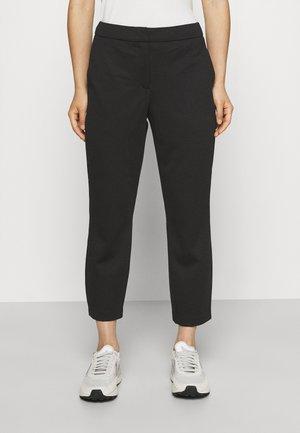 VMNYA GABBY ANKLE PANTS - Spodnie materiałowe - black