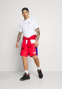 The North Face - HYDRENALINE WIND - Shorts - horizon red/blue - 1