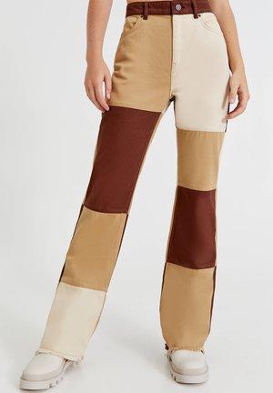 BRAUNE PATCHWORK - Jeans straight leg - brown