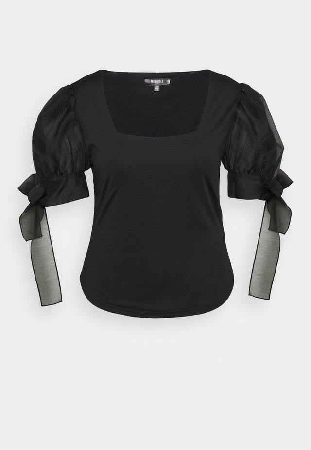 PUFF SLEEVE TIE CUFF - T-shirt imprimé - black
