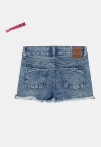 Cars Jeans - JILLA  - Denim shorts - light-blue denim - 1