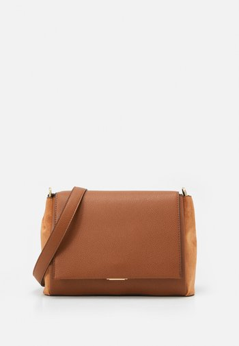 CROSSBODY BAG REVIVE  - Across body bag - camel