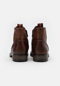 Marc O'Polo - CHELSEA BOOT - Kotníkové boty - cognac - 2