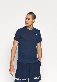 Under Armour - STREAKER - T-shirt - bas - dark blue - 0