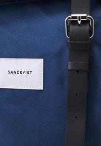 Sandqvist - DANTE UNISEX - Batoh - blue/black - 3