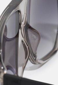 Guess - UNISEX - Sluneční brýle - grey/smoke - 4
