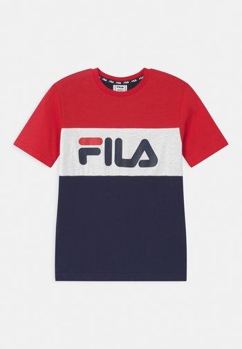 MARINA BLOCKED TEE UNISEX - T-shirts print - black iris/true red/bright white