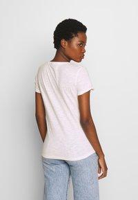 TOM TAILOR DENIM - SLUB TEE WITH EMBRO - Print T-shirt - light pink/white - 2