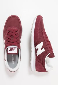 New Balance - 720 UNISEX - Trainers - red/white - 1