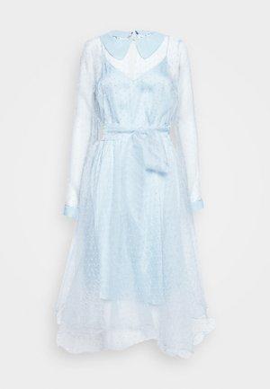 LIDI DRESS - Sukienka koktajlowa - chambray blue