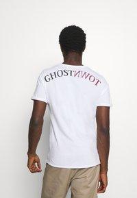 Key Largo - HILL ROUND - T-shirt con stampa - white - 2