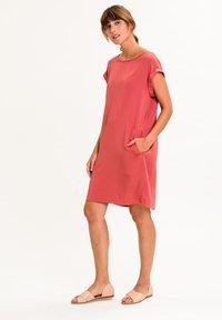 UVR Berlin - ANNABELLINA - Jersey dress - rostrot - 2