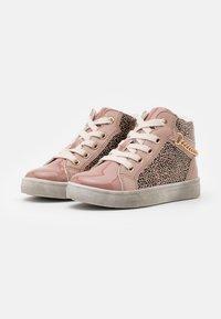 Friboo - Zapatillas altas - pink - 1