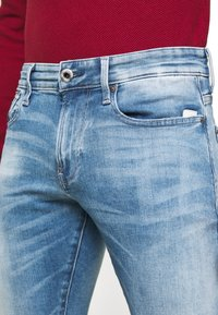 G-Star - REVEND N SKINNY - Slim fit jeans - blue denim - 3