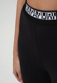 Napapijri - M-BOX LEGGINGS - Leggings - Trousers - black - 7