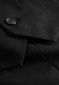 Matinique - BRECK STRETCH - Gilet elegante - black - 8