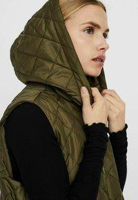 Vero Moda - Waistcoat - ivy green - 4