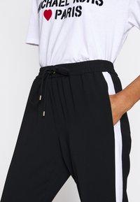 MICHAEL Michael Kors - STRIPE TRACK PANT - Kalhoty - black - 5