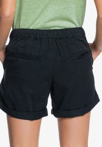 Roxy - LIFE IS SWEETER - Shorts - anthracite - 2
