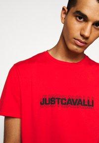 Just Cavalli - Print T-shirt - grenadine red - 5