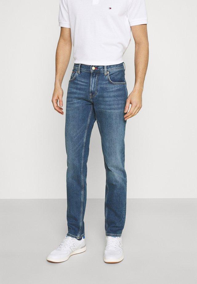 CORE DENTON STRAIGHT  - Jeans a sigaretta - boston indigo