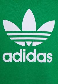 adidas Originals - TREFOIL CREW UNISEX - Bluza - green/white - 2