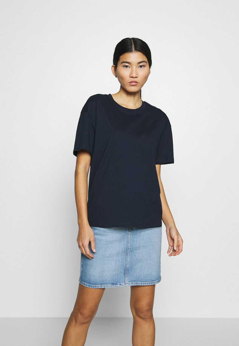 CALANDO - Basic T-shirt - sky captain