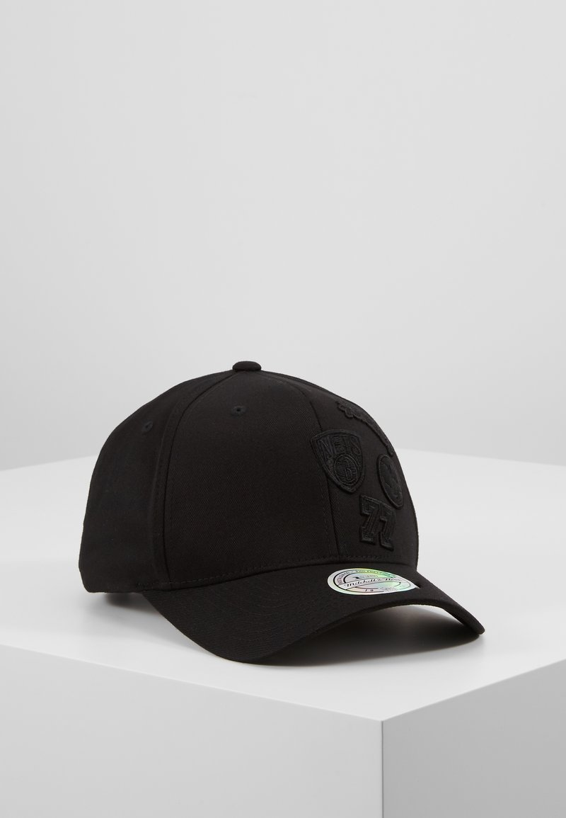 Mitchell & Ness - NBA BROOKLYN NETS VARSITY - Keps - black