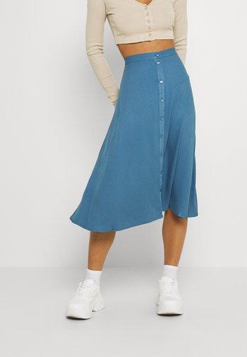 VIVISH BUTTON MIDI SKIRT - A-line skirt - captains blue