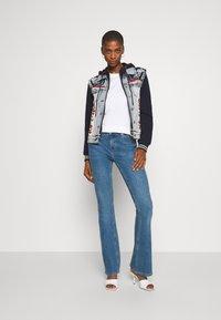 Desigual - CHAQ LIBERTE - Denim jacket - denim bleach - 1