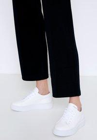 Copenhagen - CPH407 - Sneakersy niskie - white - 0