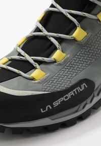 La Sportiva - TRANGO TECH WOMAN GTX - Hiking shoes - clay/celery - 5