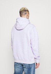 Nike Sportswear - CLUB HOODIE - Collegepaita - violet frost - 2