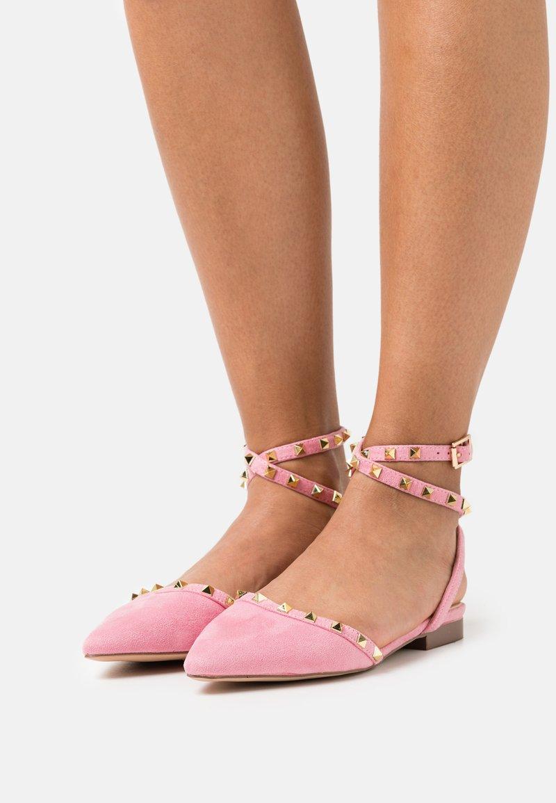RAID Wide Fit - WIDE FIT LAURENA - Slingback ballet pumps - pink