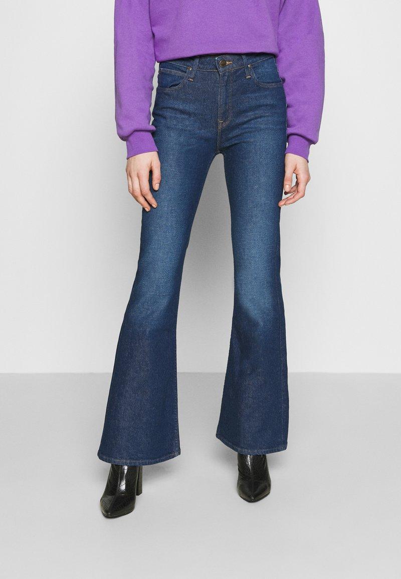 Lee - BREESE - Flared jeans - dark garner