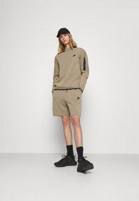 Nike Sportswear - Felpa - taupe haze/black - 1