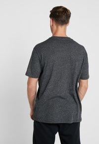 Champion - CREWNECK - T-shirts print - dark grey - 2