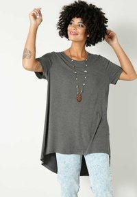 Angel of Style - Basic T-shirt - anthrazit - 0