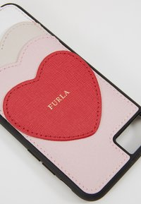 Furla - HIGH TECH HEART - Phone case - camelia/ruby/lino - 2
