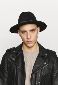 Uncommon Souls - FEDORA - Hat - black - 1